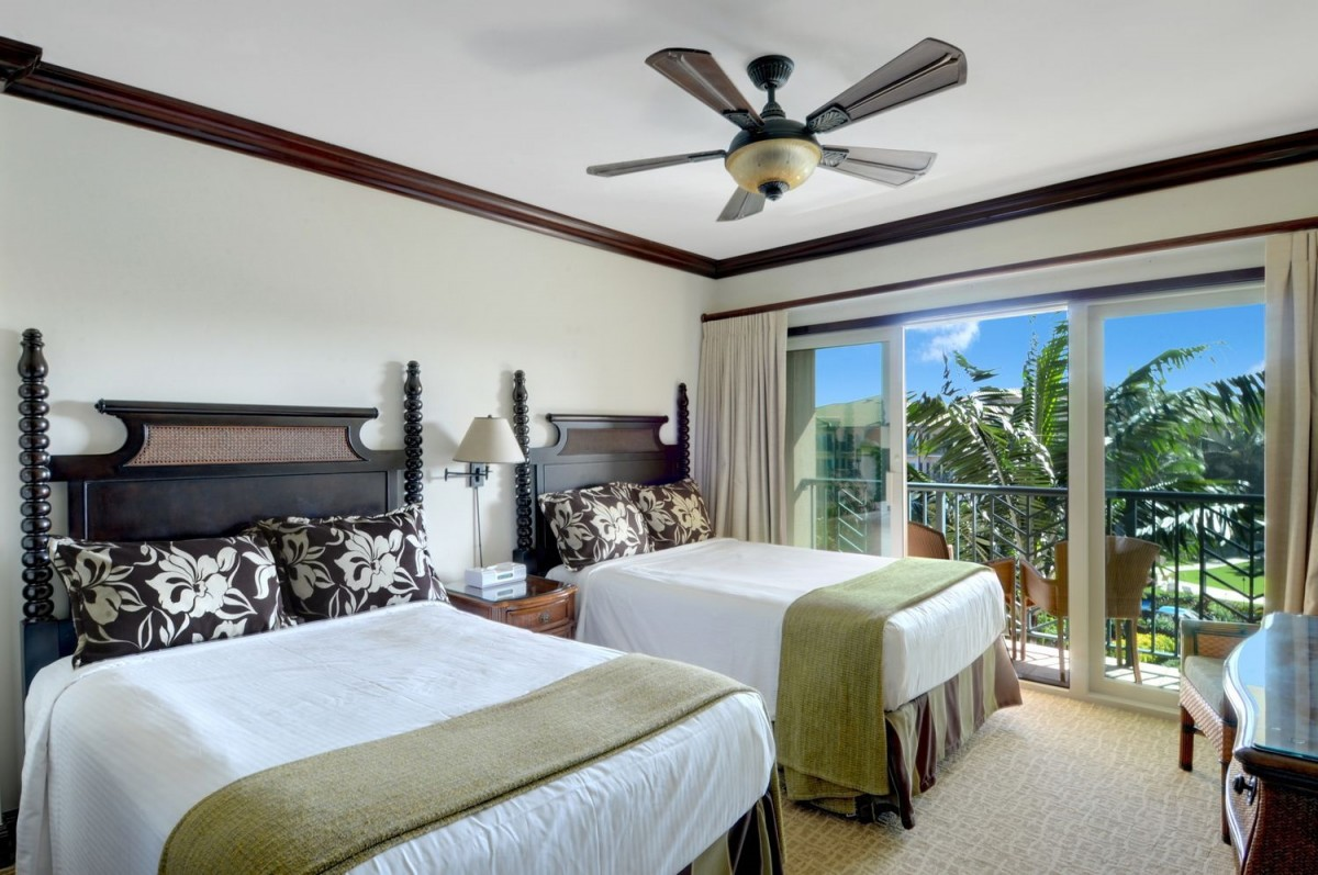 C404 Second Master Suite, 2 Double Heavenly Beds