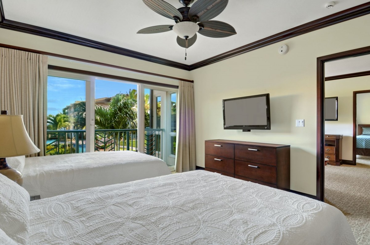 D206 2nd Master Suite Double Beds