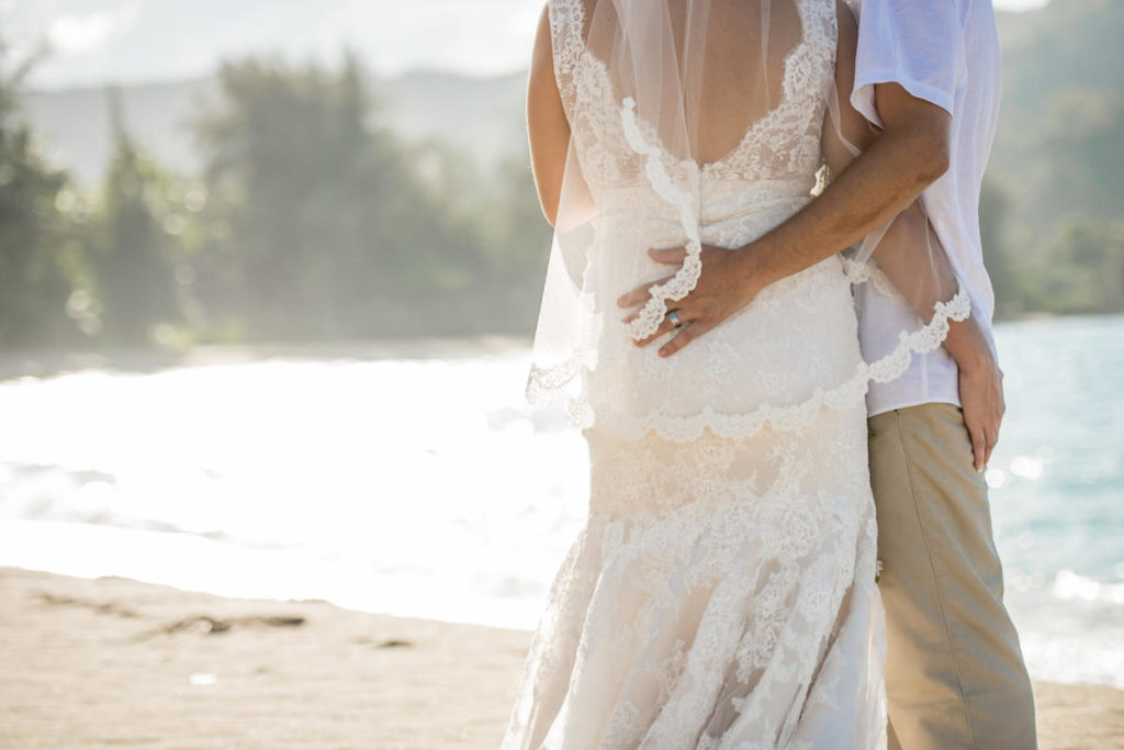 kauai beach destination wedding